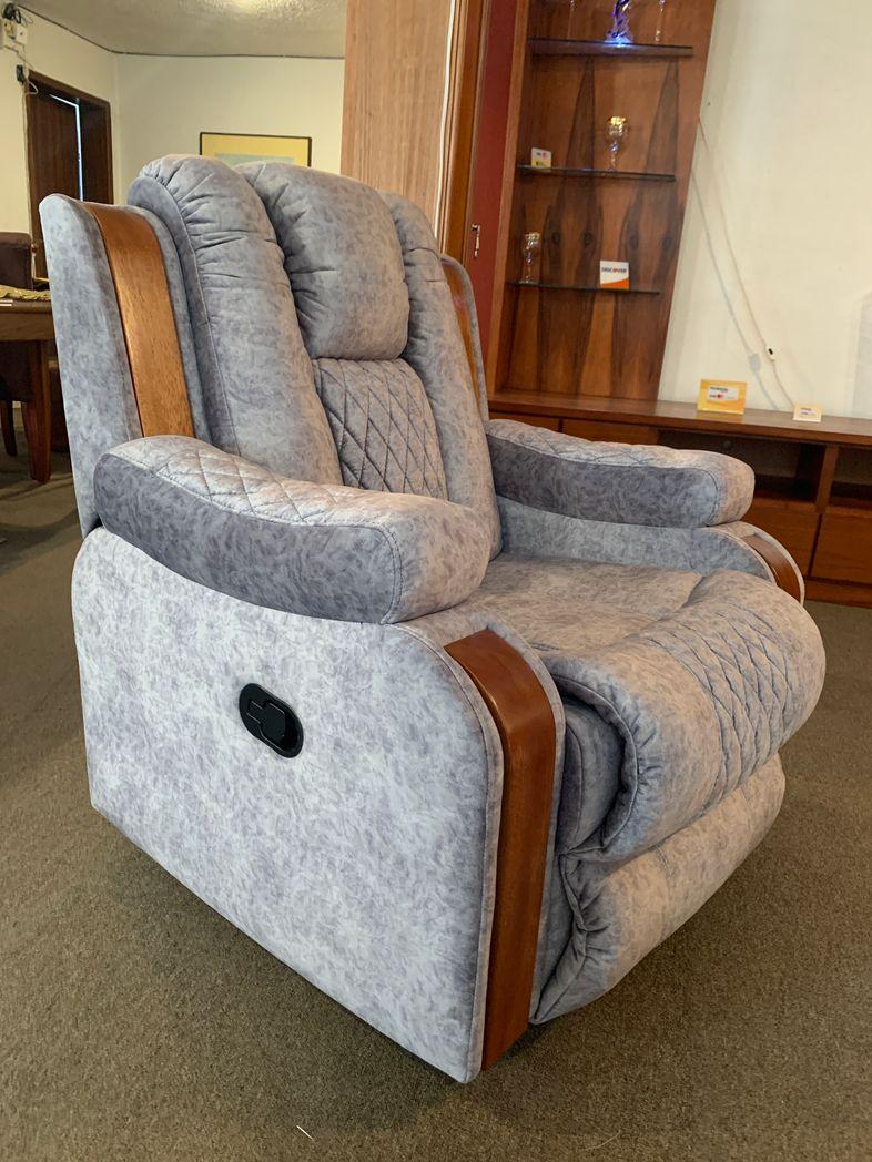 Sala seccional esquinero reclinable color gris, reclinable eléctrico