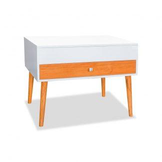 Mesa central estilo nórdico de color blanco, con patas de madera sólida