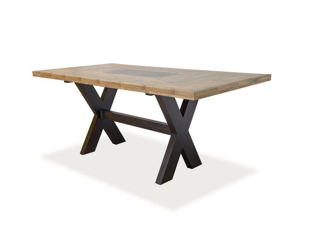 Mesa de coco con bambú